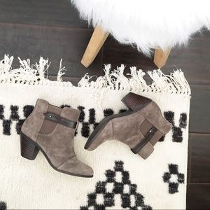 Suede Taupe Sole Society Ankle Booties 7.5